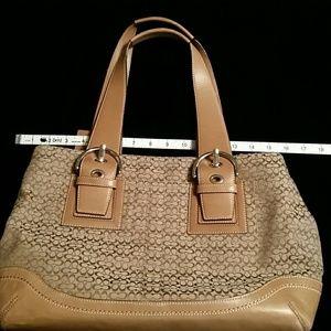 Coach large signiture bag